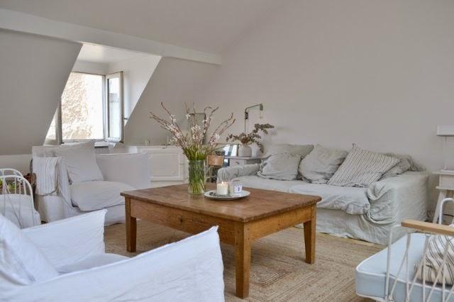 Capas de sofá são uma ótima solução para uma renovação rápida na decoração. Isso é uma It Ideia!