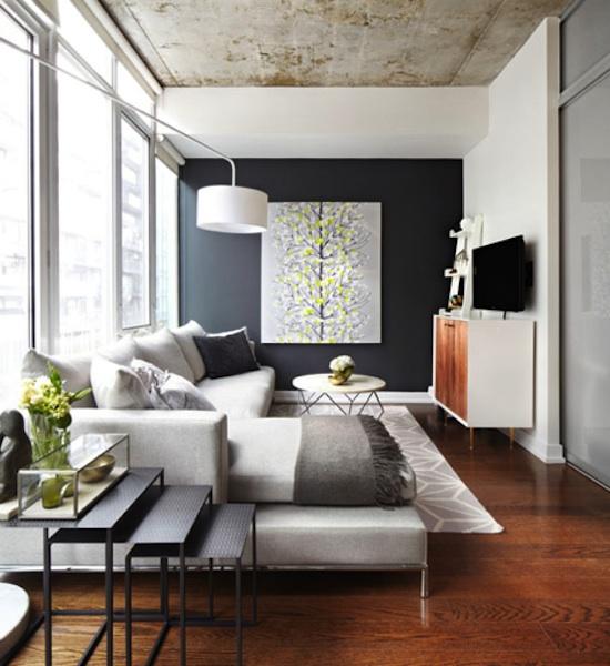 Branco e Grafite nas paredes, Coral na madeira, Verde e Amarelo nas plantas. Perfeita maneira de usar a paleta!